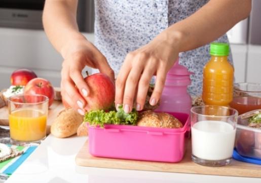 NUTRICIONISTA ANNE WEISSER ENSEÑA CÓMO CREAR COLACIONES SALUDABLES PARA LOS NIÑOS