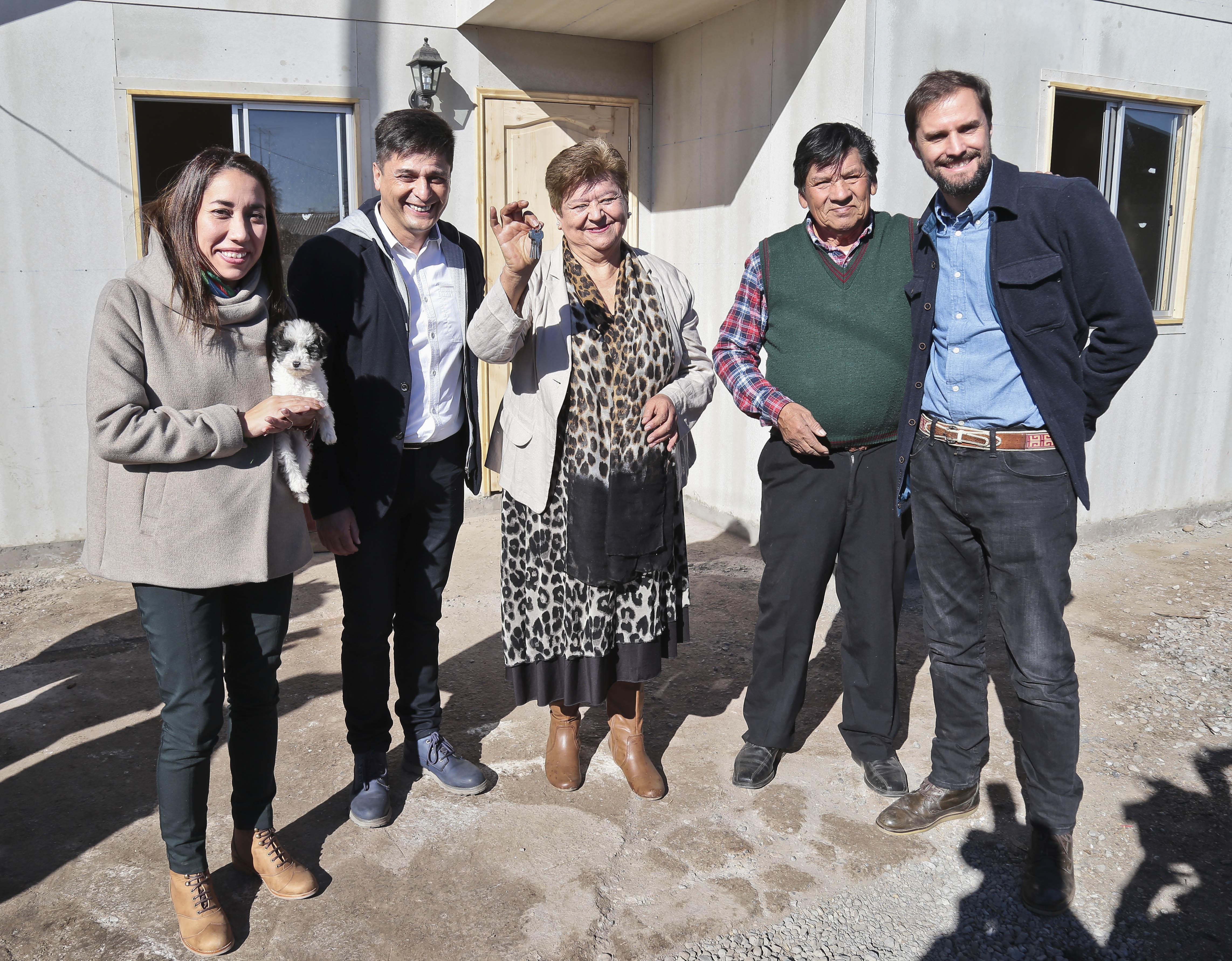 ENTREGAN VIVIENDA A ADULTOS MAYORES POR PROGRAMA HABITABILIDAD