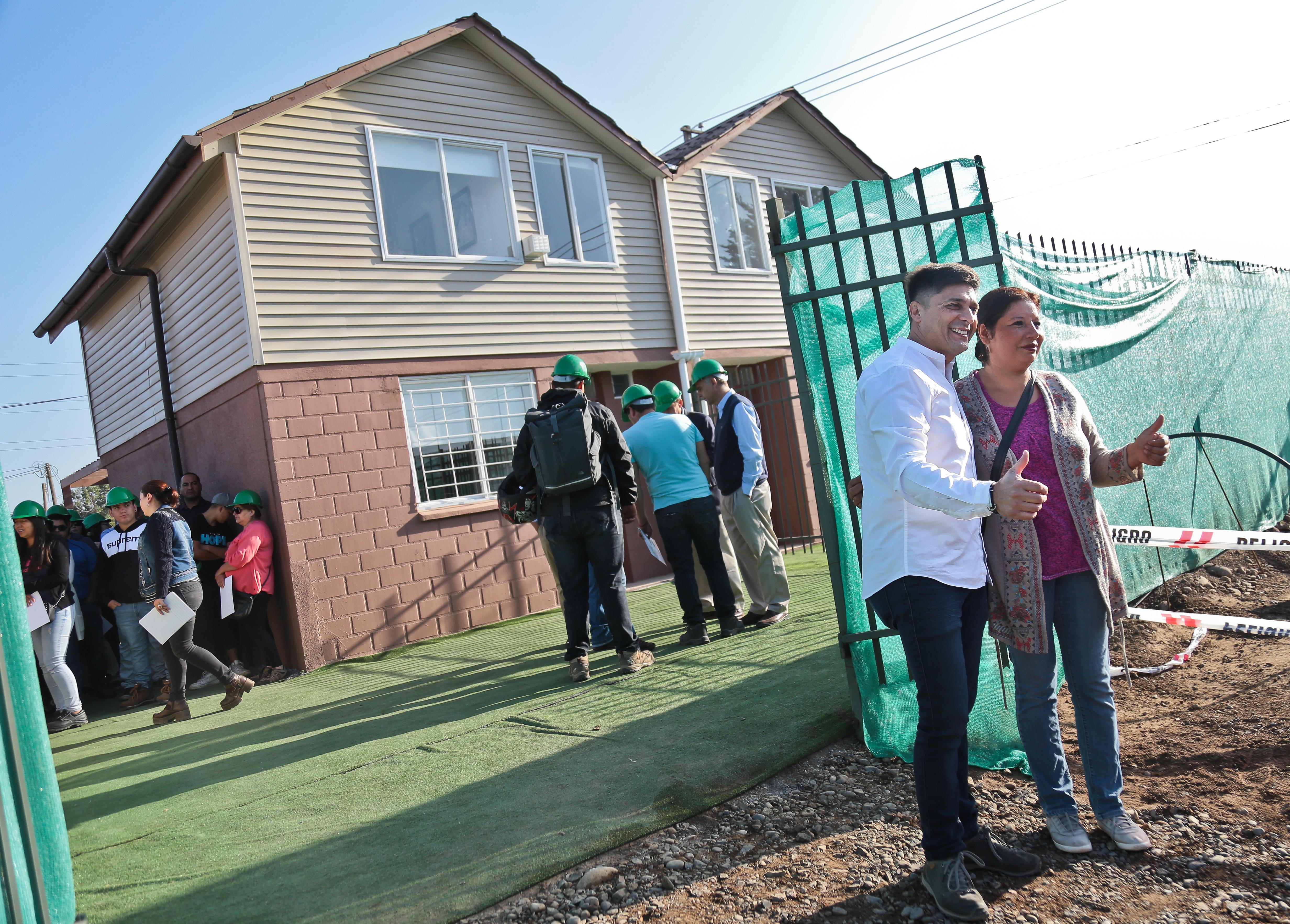 """30 familias del campamento """"Los Paltos del Recurso"""" cumplirán el sueño de la casa propia"""